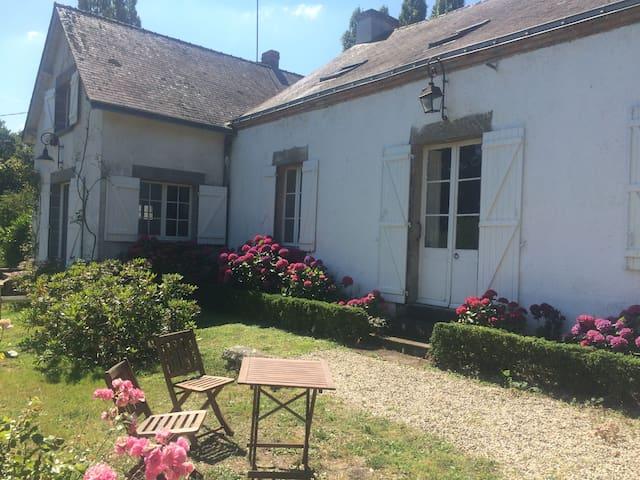 Maison de charme  idéale pour les grandes familles - Mesquer - House