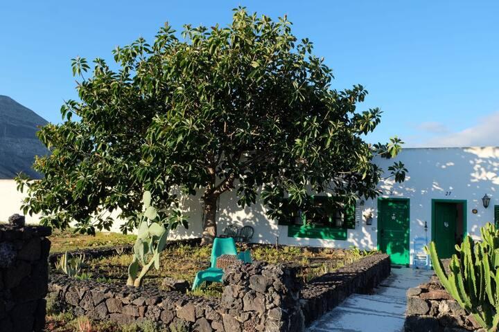 Casa típica Canaria con vista Timanfaya in Yaiza