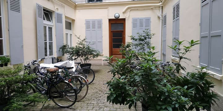 Cosy appartement in the 11th district Paris.