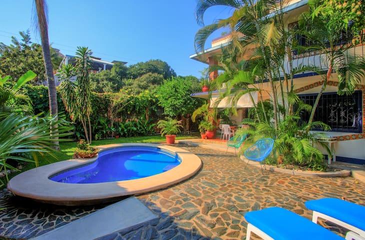 Dos Palmas #1 - 2 bedroom Apartment in Zicatela