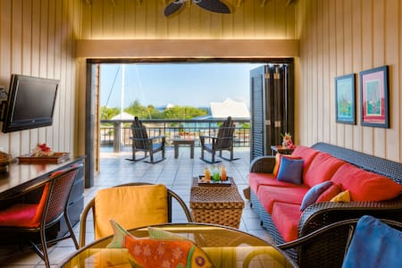 Oceanview Two-Bedroom Loft at Barefoot Cay - Brick Bay