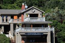 Luxury entire Villa self-catering 5* oceanviews 6p
