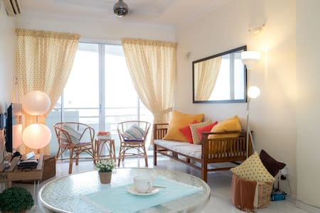 Seaview Homestay Apartment-Penang - 牛汝莪(Gelugor)