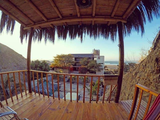 Room 1 - Lobitos Eco Lodge