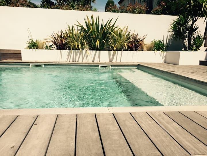 Villa contemporaine 5mn des plages: piscine privée