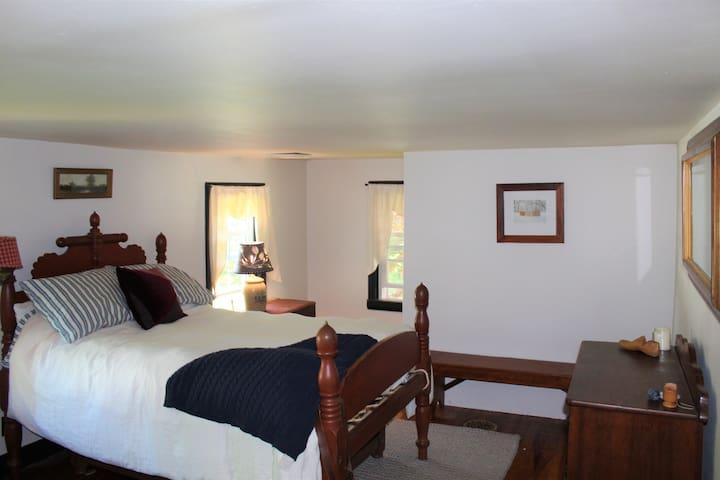 Second Floor Bedroom_Full
