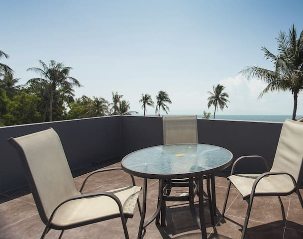 Enjoy relaxing on our rooftop sky terrace with stunning sea views of Koh Samui and Angthong National Marine Park.