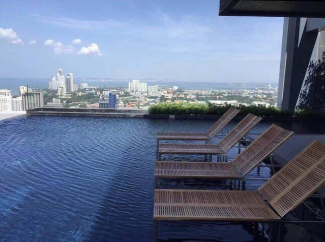 无敌视野 无边泳池 网红公寓
