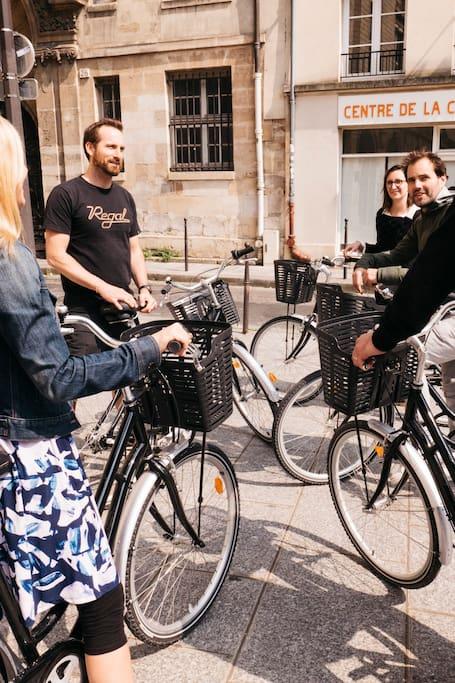 骑单车游巴黎