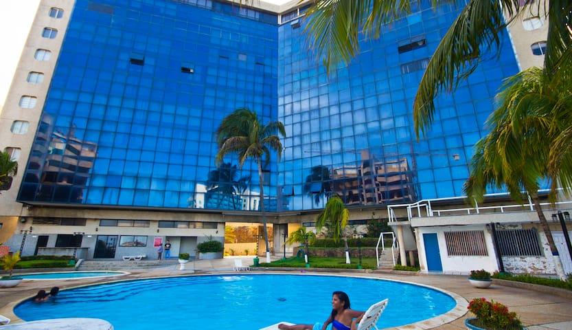 Apartamento frente al mar, seguro!! - Pampatar - Apartament