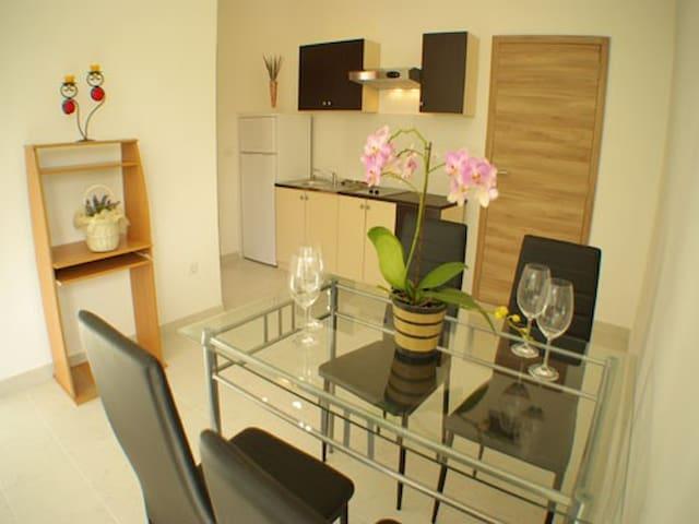 Apartment Kate - Murter - Huoneisto