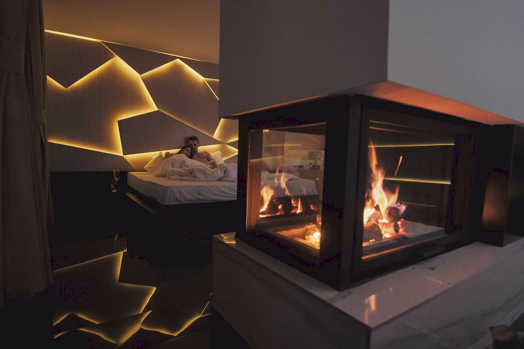 Enjoy the romantic Fireplace in your Bedroom
