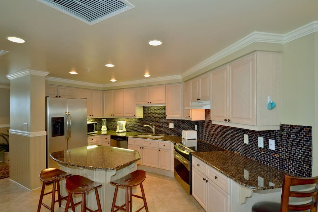Fully Equipped Kitchen with S