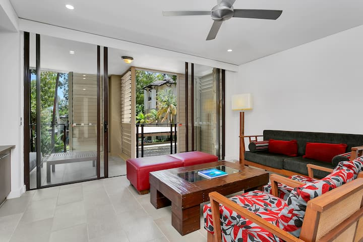 Sea Temple Palm Cove One Bedroom Apartment