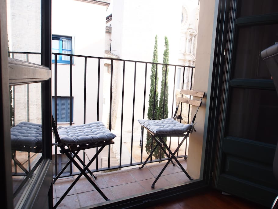 A cute balcony to enjoy your morning coffee!