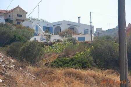 Κτημα Μελισσανθος - Pefka