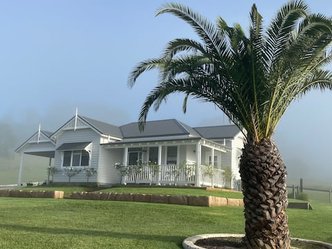 The Cottage -Picton - Relax in Country Luxury