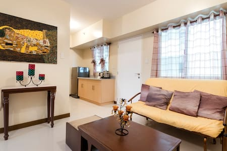 Cozy Resort 2 BR condo near Greenhills w/ Netflix