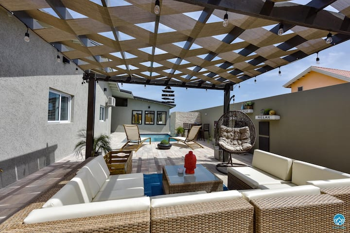 Family villa for 10 guests-Private Pool-STYLISH!