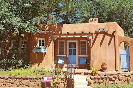 Luxury Guesthouse for 2 near Pikes Peak/Mt Views! - Cascade-Chipita Park - Guesthouse