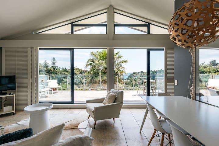 Villa Blanc 1- Palm Beach