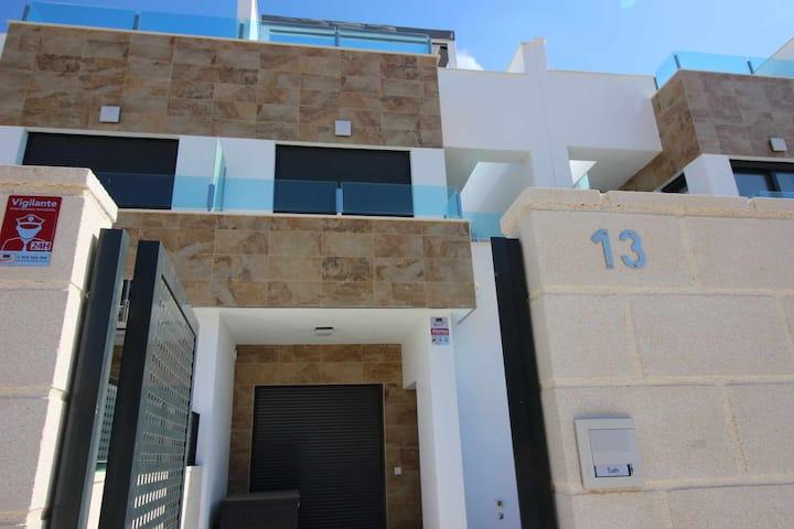 Duplex Manantial Villamartin 6 pers.
