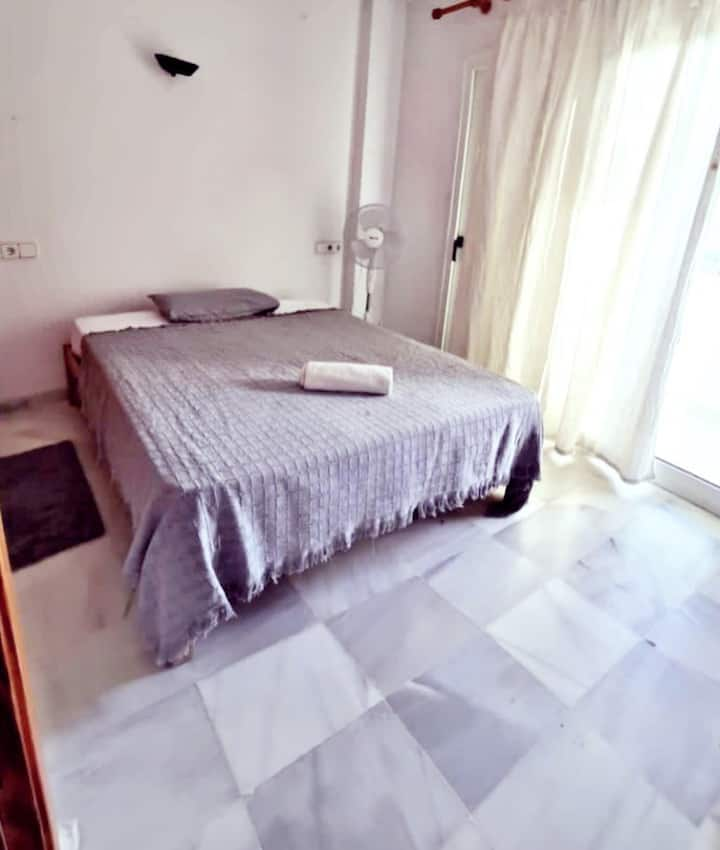 Nice&cheap Double room playa d'en Bossa Central