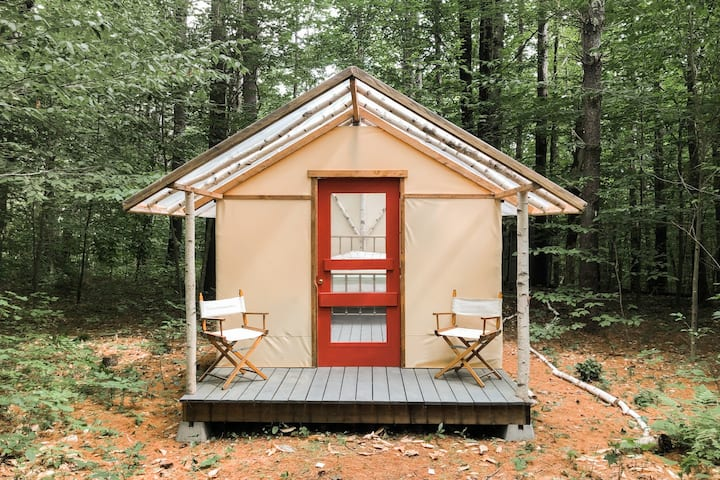 Birchwood Hideout - New England Camping