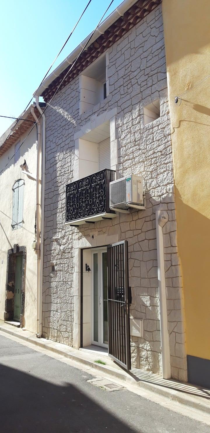 tout confort dans le centre de Marseillan ville