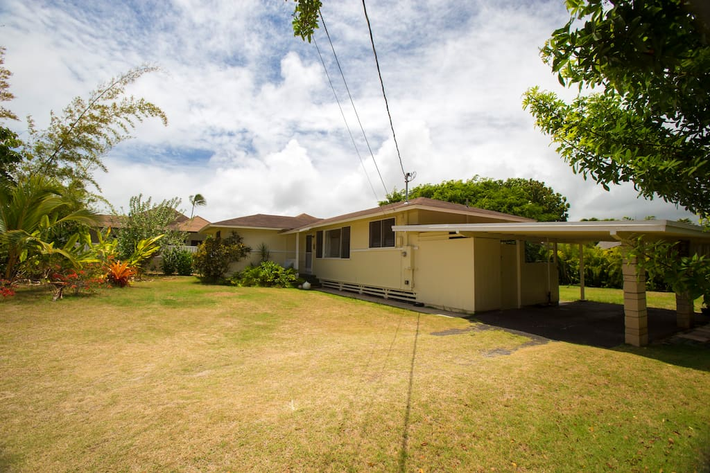 Down the flagship lot drive way to our beach house. Large front yard with ample parking.