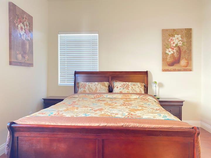 Great Queen Size Bedroom Suite