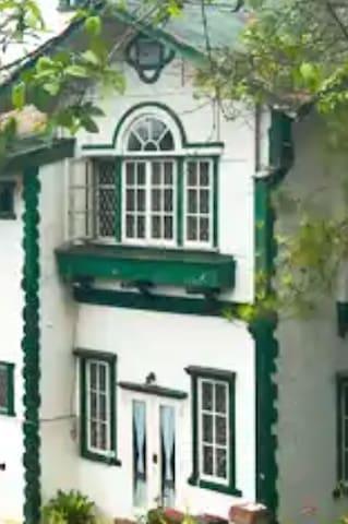 PIEI-BAGUIO GUESTHOUSE