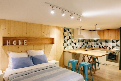 Sweet Home Residence by QubDesign