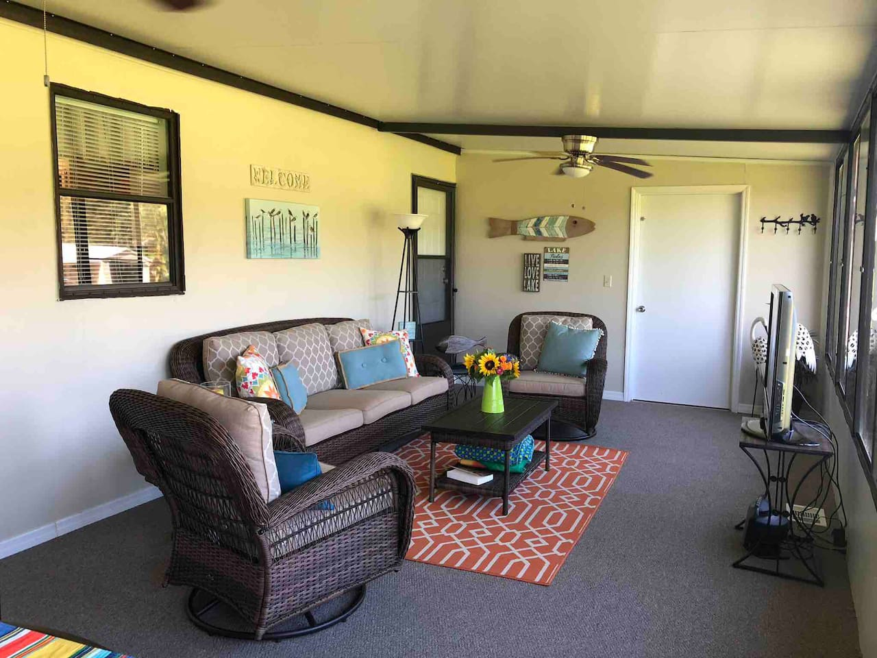 Air Conditioned Back Porch