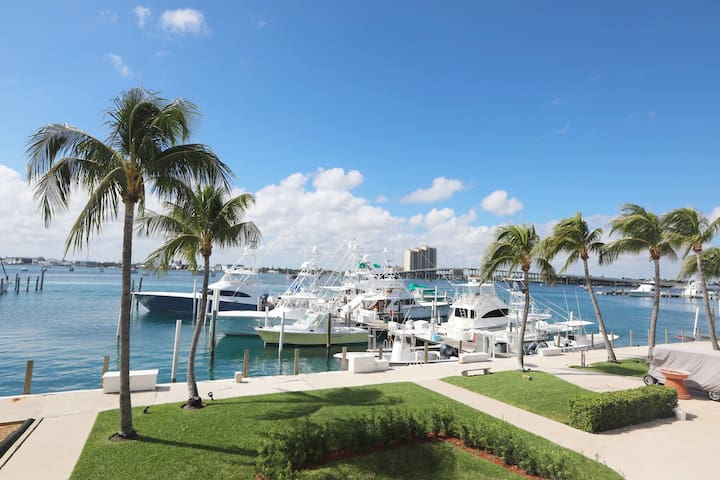 Singer Island Condo and Marina #7
