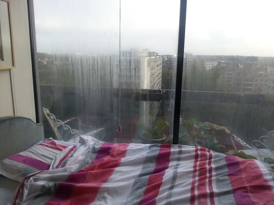 Great view near airport metro with pool appartements for Piscine zaventem