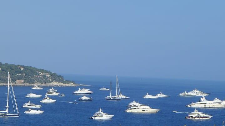 CENTRAL MONACO: top luxury,seaview,sleeps 6+,150M2