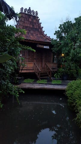 Nice Single Bedroom in Yogyakarta - Yogyakarta - Casa