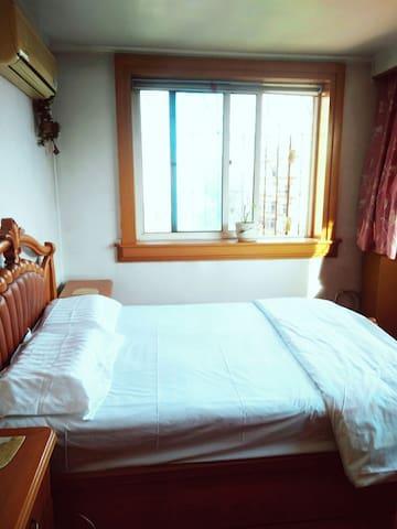 105平阳光大房,三室两厅,有厨房,拎包入住,可长租