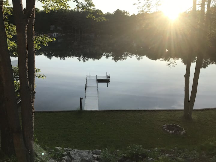 Owl & Anchor Cottage Inn - Lake Front Retreat!