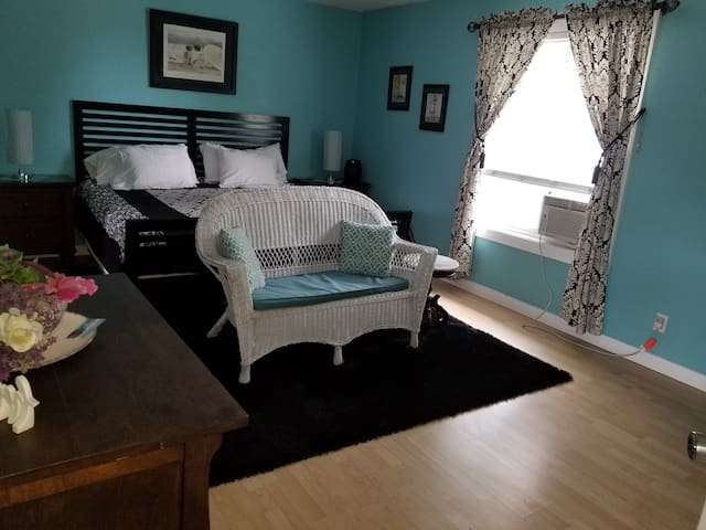 Betsy Pease Suite A