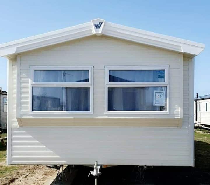 *BRAND NEW* 2020 3 Bedroom Caravan