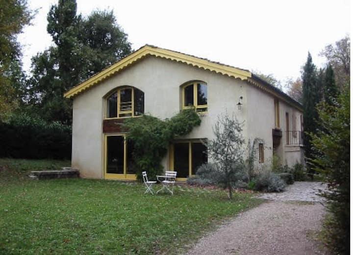 Maison  calme avec un jardin de 2000 m²
