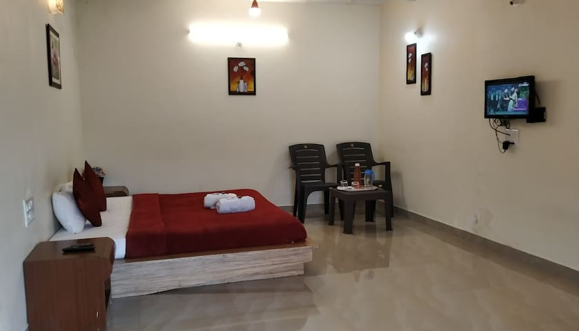 Private room for 2-4 people in Mahableshwar