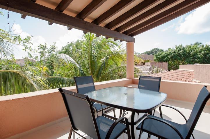 Rooftop Apartment in Puerto Aventuras Marina