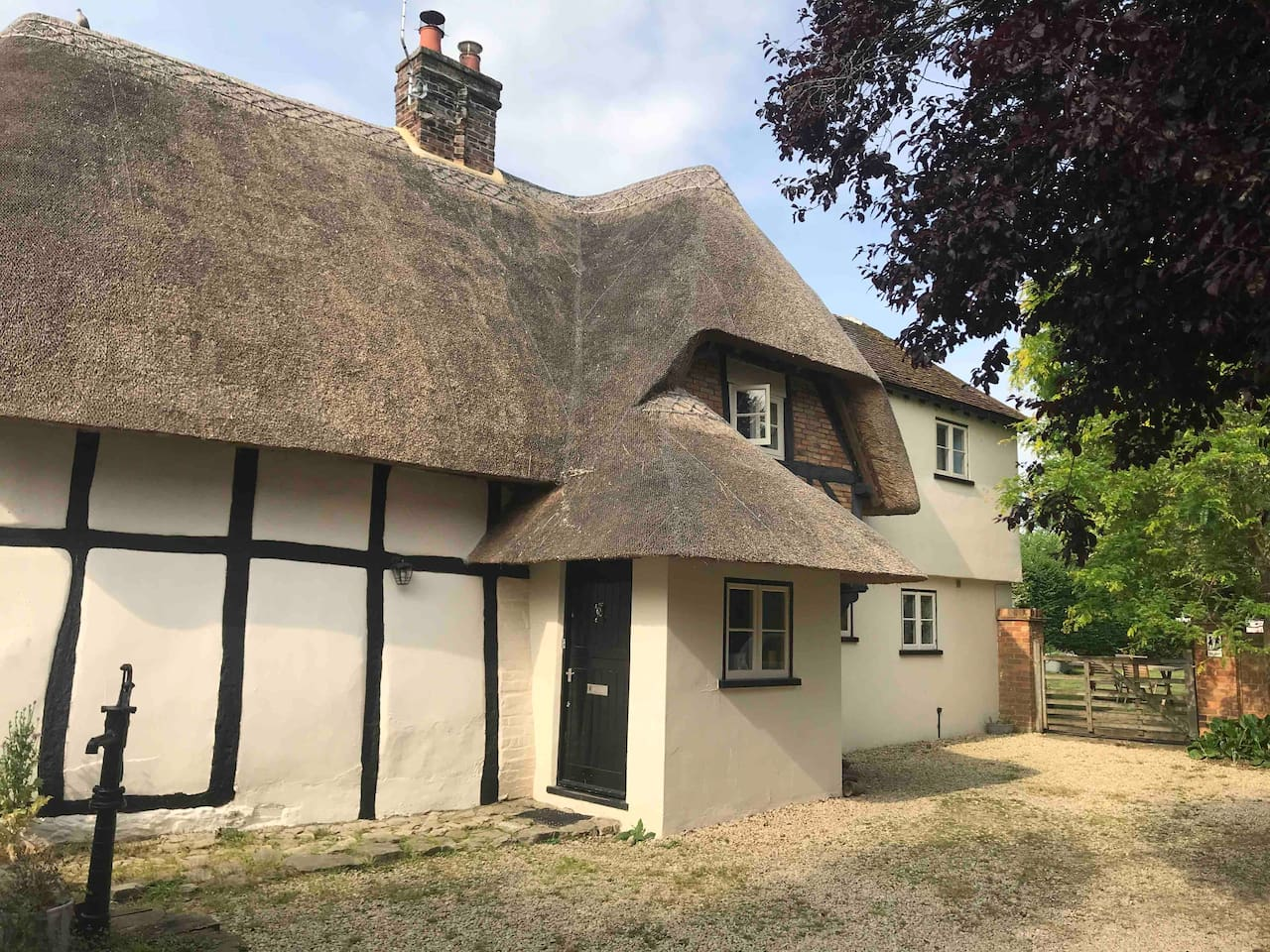 Old Lane Cottage is a beautiful and tranquil place. You have your own private, detached building with all facilities. You also have access to the amazing 1 acre garden.  This is the view of the main house and entrance to the garden and the annexe