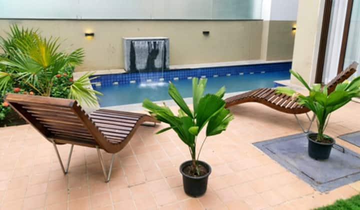 Luxurious Serviced 4 bedroom Villa with Caretaker