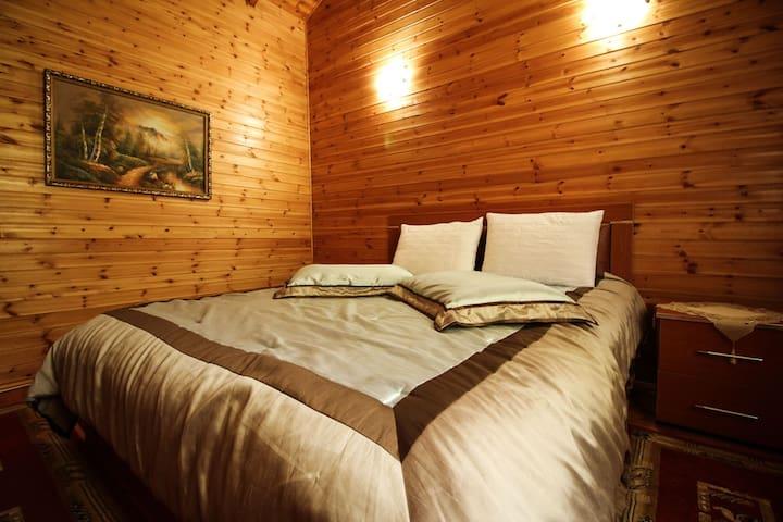 Geska Wooden Cabin in Voskopoje - Voskopojë