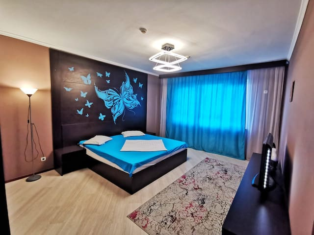 Deluxe Apartment #304