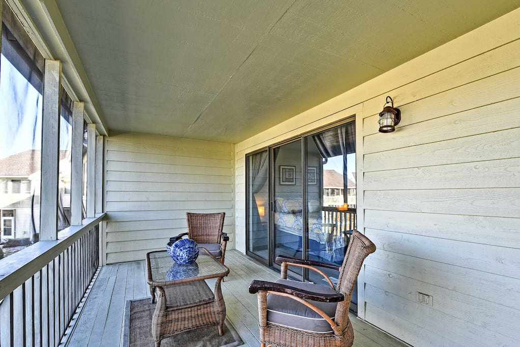 Wake up and smell the fresh air from the master bedroom balcony.